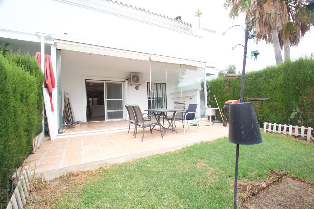 2 Bedroom Ground Floor Apartment For Sale Casares, Costa del Sol - HP3895942