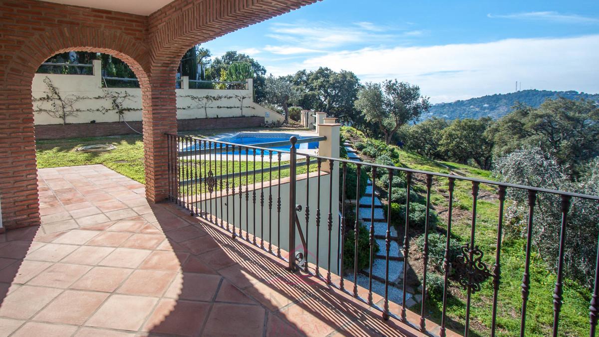 Ref:R158869 Villa For Sale in Casares