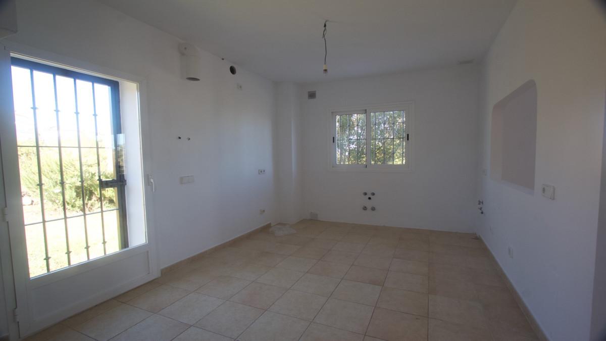 Villa con 3 Dormitorios en Venta La Duquesa