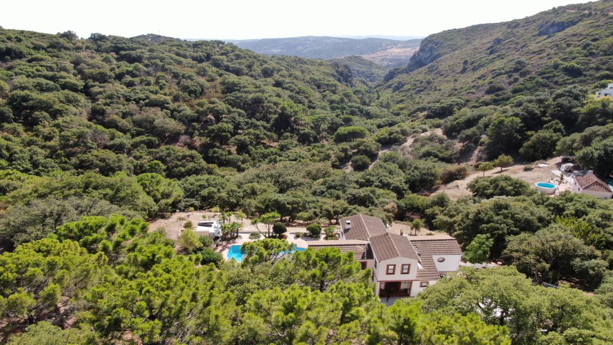 Villa 5 Dormitorios en Venta Casares