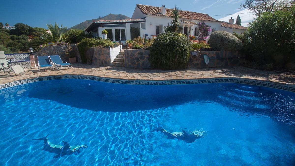 Ref:R3253024 Villa For Sale in Casares