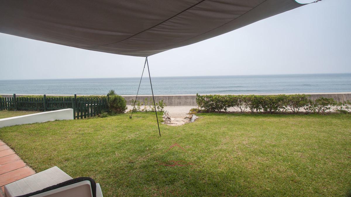 Fristående villa i Estepona R3077851