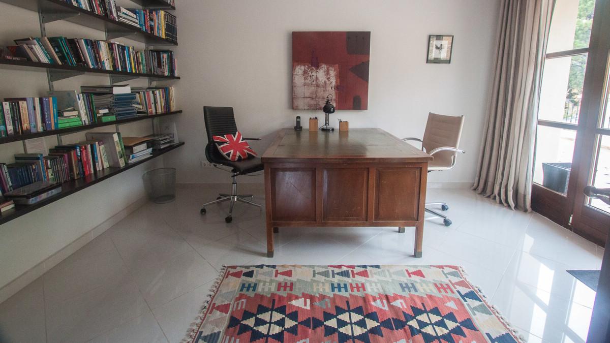 5 Bedroom Finca Villa For Sale Estepona