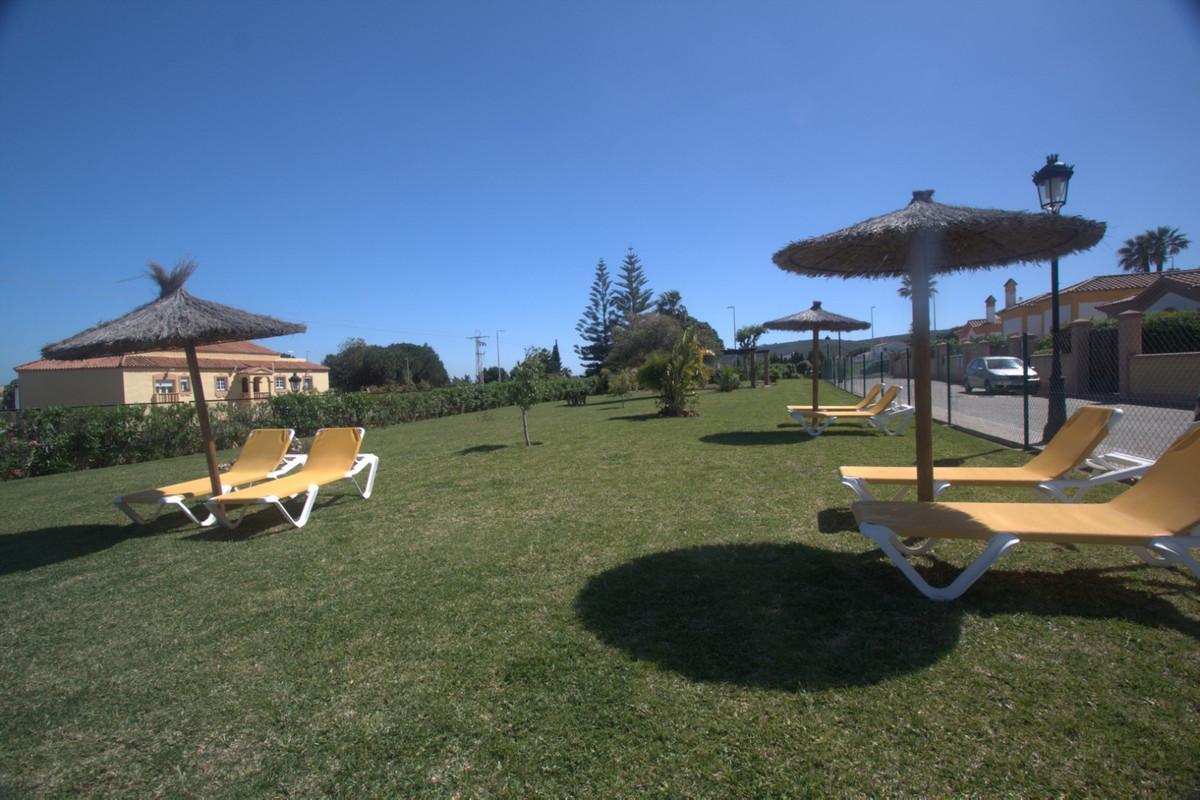 Villa con 2 Dormitorios en Venta La Duquesa