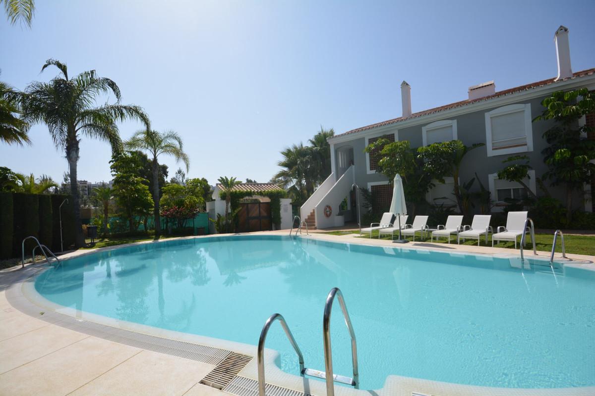 Top Floor Apartment, Atalaya, Costa del Sol, Cortijo del Mar, Diana park, El Campanario 2 Bedrooms, ,Spain