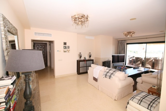Apartment in Benahavís R3035156 3