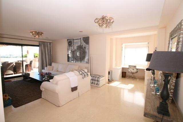 Apartment in Benahavís R3035156 8
