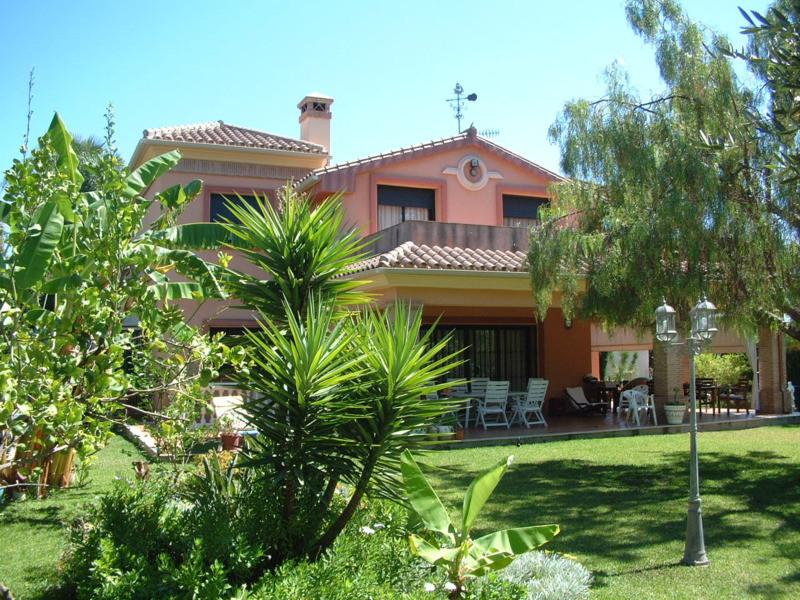 House in Atalaya R2277788 3