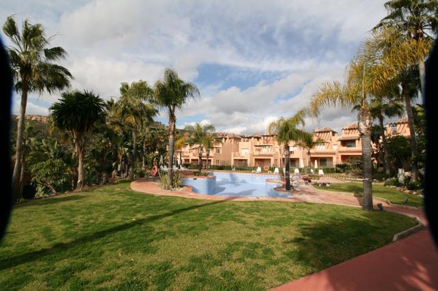 Townhouse, , Costa del Sol. 3 Bedrooms, 2.5 Bathrooms, Built 220 m², Terrace 93 m², Garden/Plot 34 m,Spain