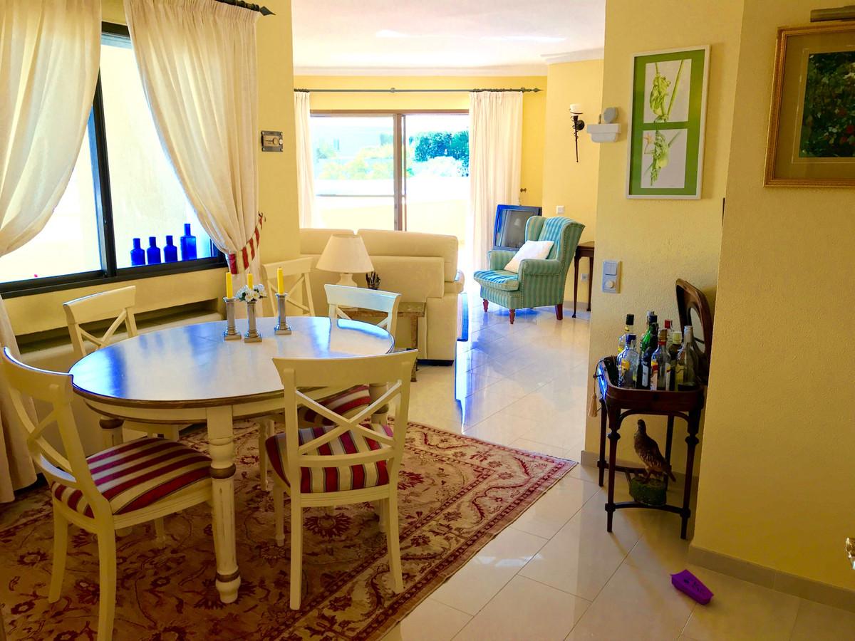 Villa con 2 Dormitorios en Venta Benahavís