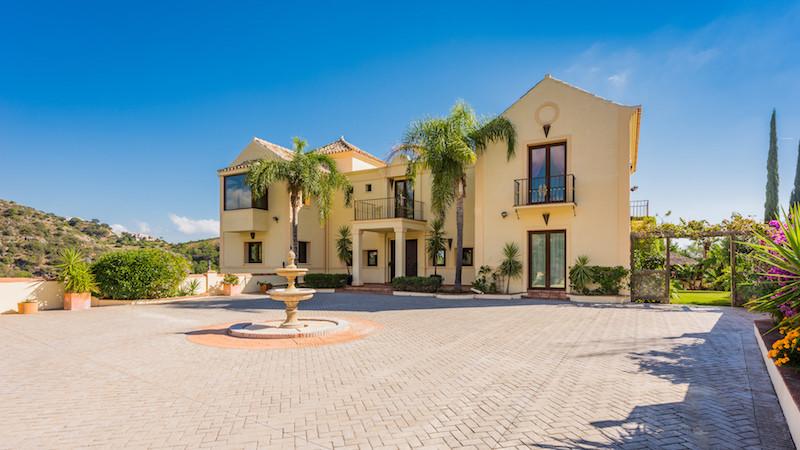 Villa - Detached for sale in Los Flamingos