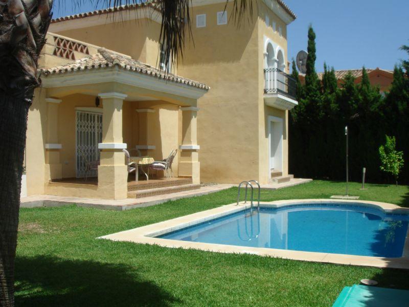 Villa for Holiday Rent in Bahía de Marbella