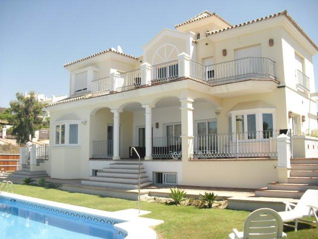 Villa for Rent in Nueva Andalucía