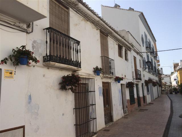 Villa  te koop in Estepona, Costa del Sol