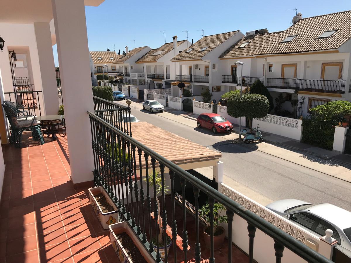 Townhouse - Terraced for Rent in San Pedro de Alcántara