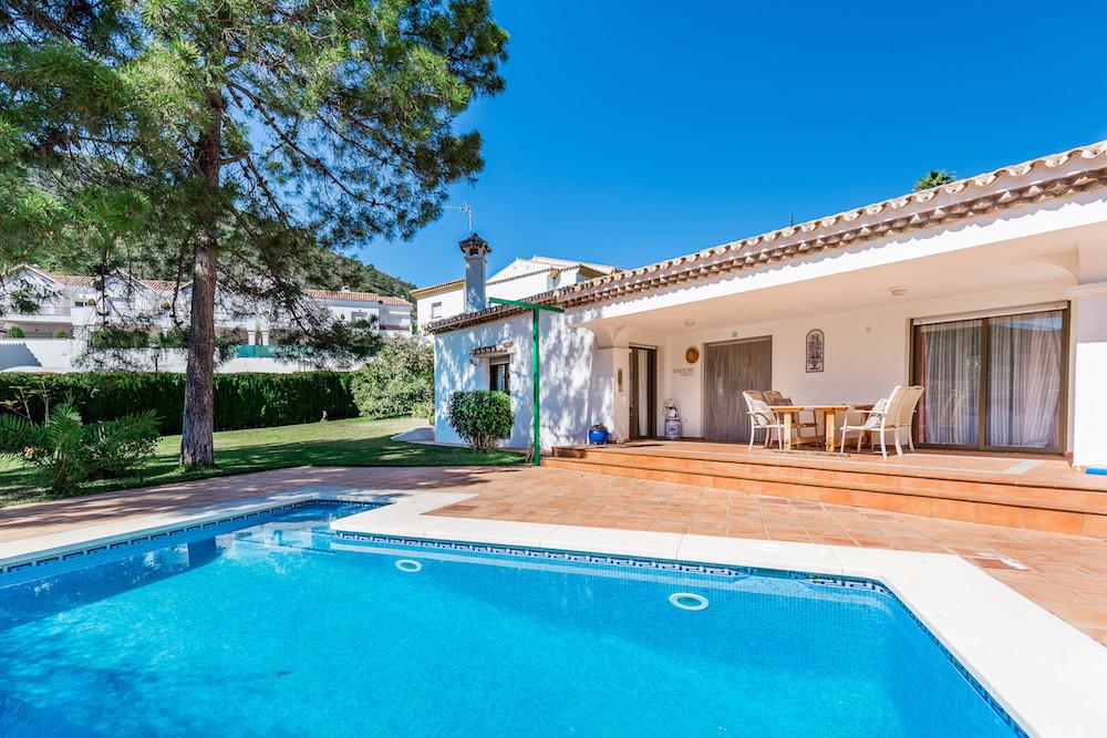 Villa  te koop in Benahavís, Costa del Sol