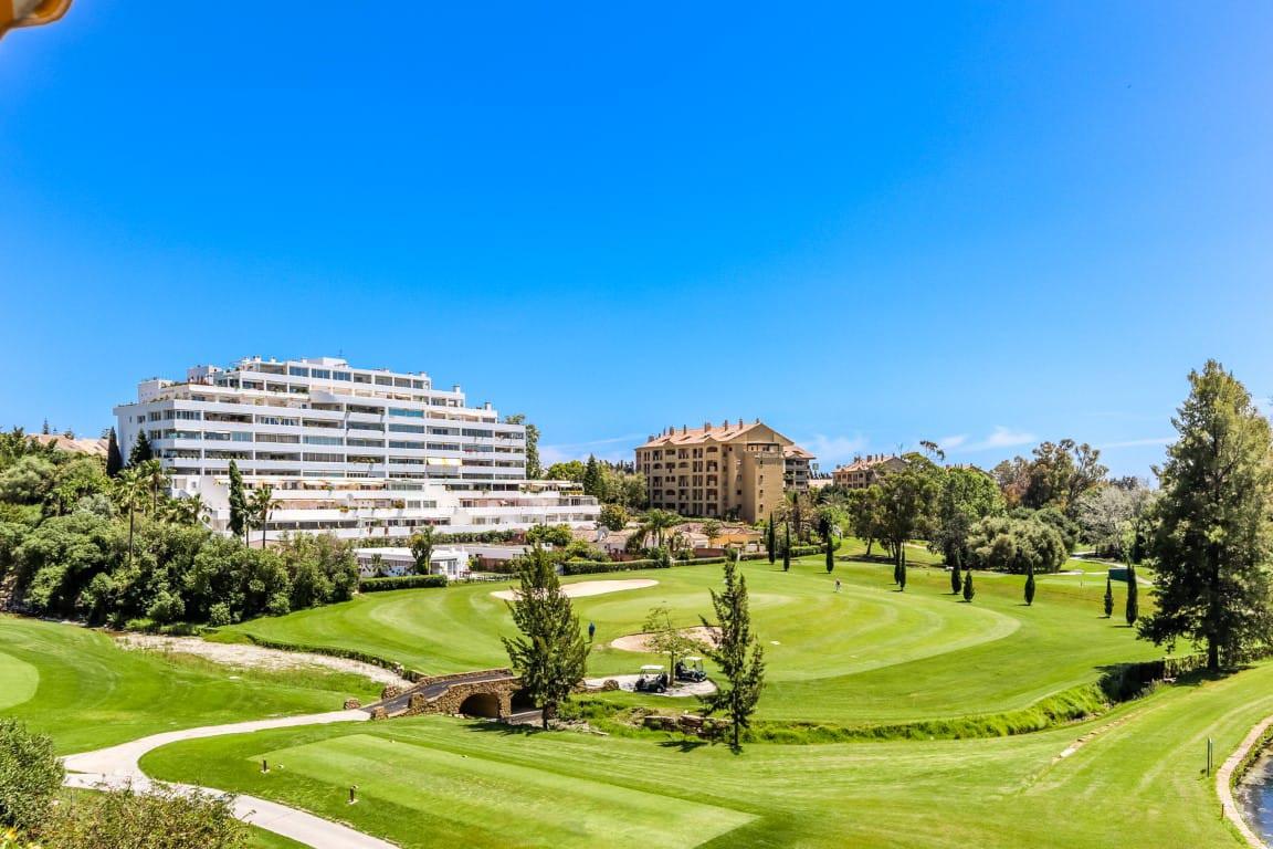 Ground Floor Apartment, Guadalmina Alta, Costa del Sol. 4 Bedrooms, 2 Bathrooms, Built 190 m².  Sett,Spain