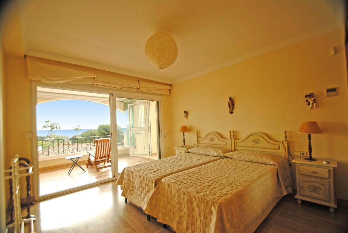 Apartment for sale - Elviria