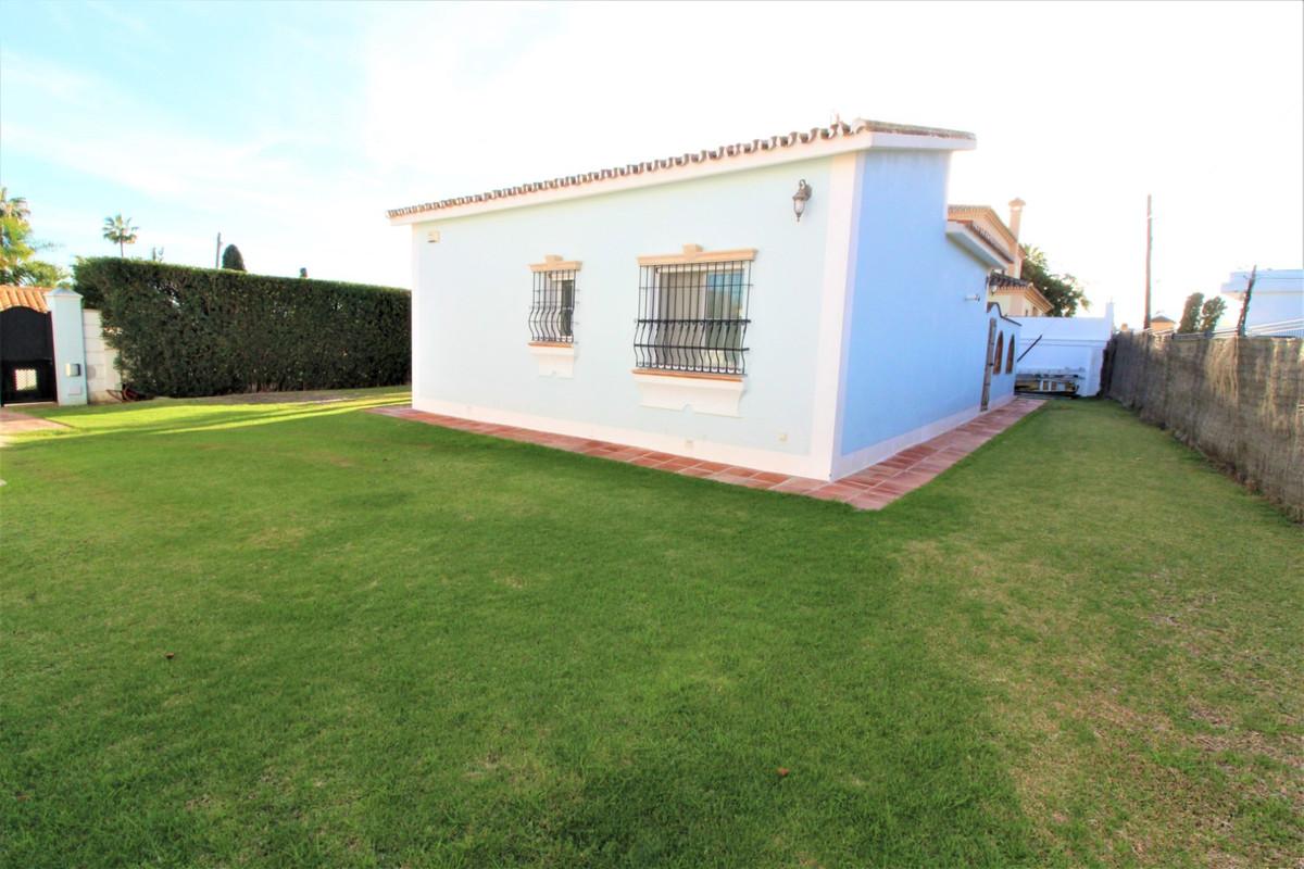 Villa con 2 Dormitorios en Venta San Pedro de Alcántara