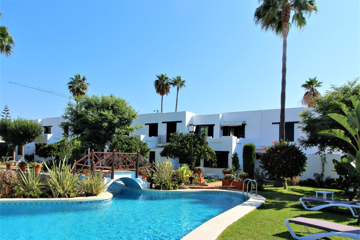 This townhouse is located in the new trendy area, in San Pedro Playa. The property is located in a c,Spain