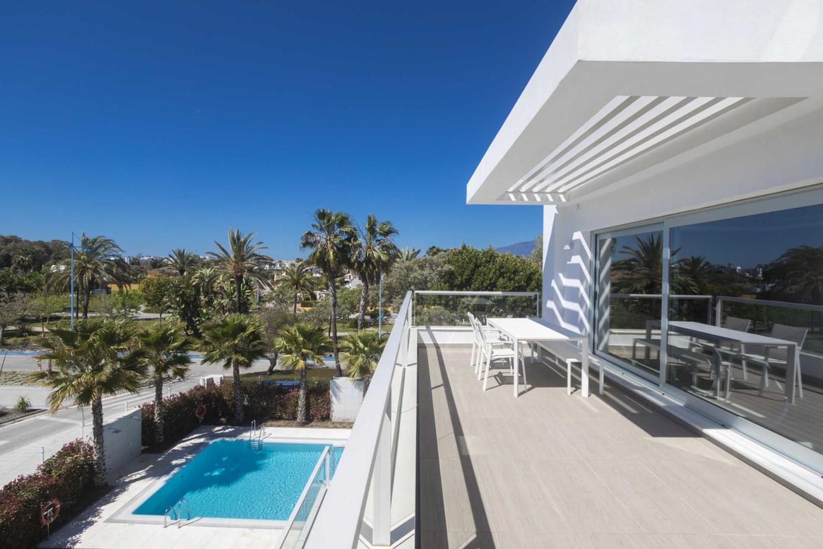 Apartment Penthouse San Pedro de Alcántara Málaga Costa del Sol R3404251