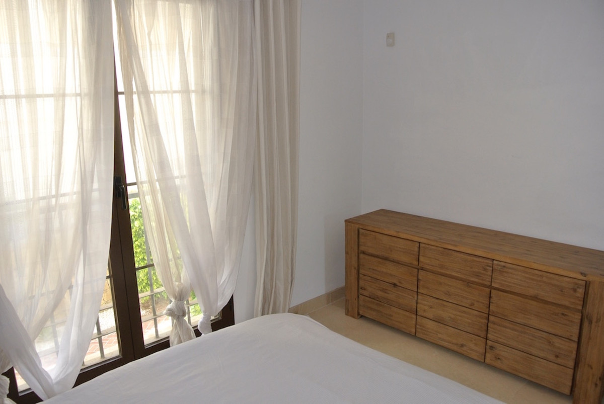 Apartment for sale in Los Arqueros, Spain