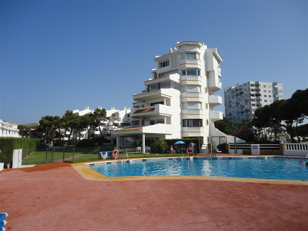 50 METERS FROM THE BEACH!!! Beautiful duplex penthouse, completly reformed, new open fully fitted ki,Spain