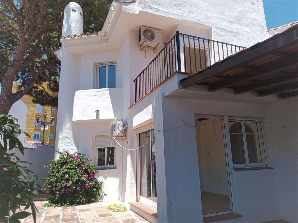 R3237604 Villa Calahonda, Málaga, Costa del Sol