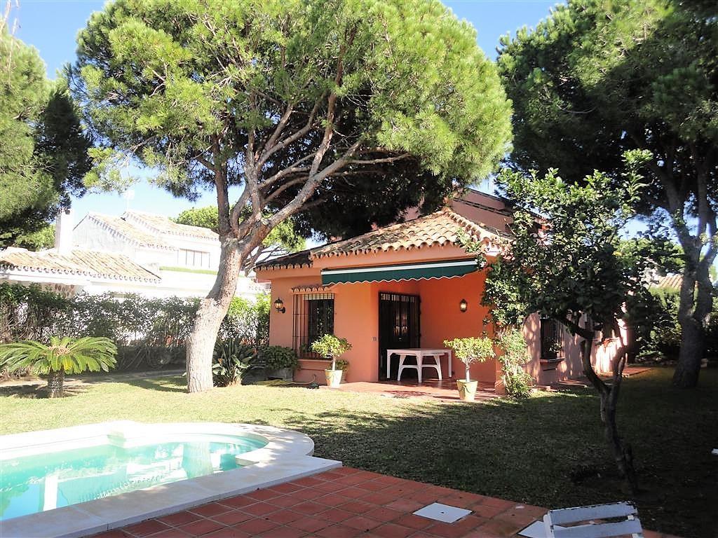 Detached Villa for sale in Calahonda R3303541