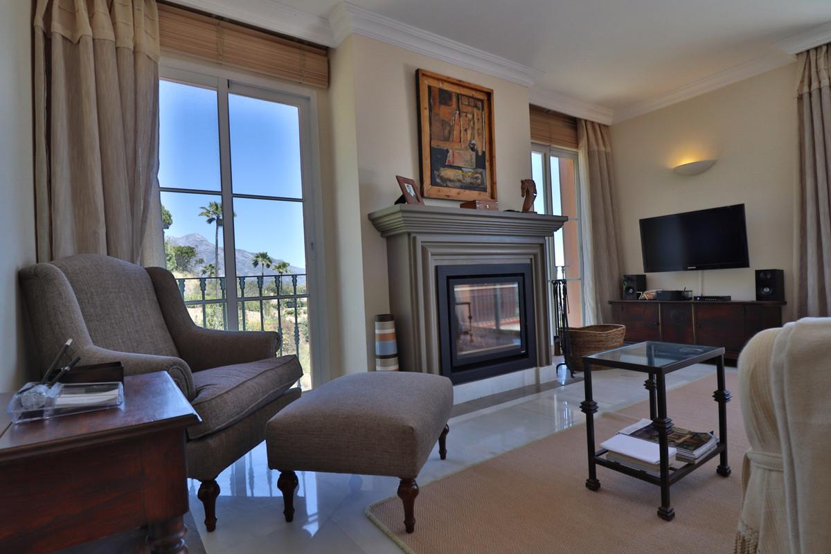 2 bedroom apartment for sale monte halcones