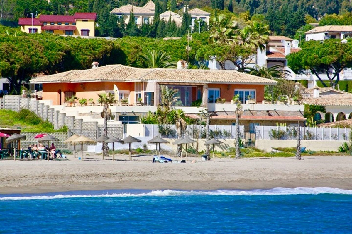 Villa 7 Dormitorios en Venta Cabopino