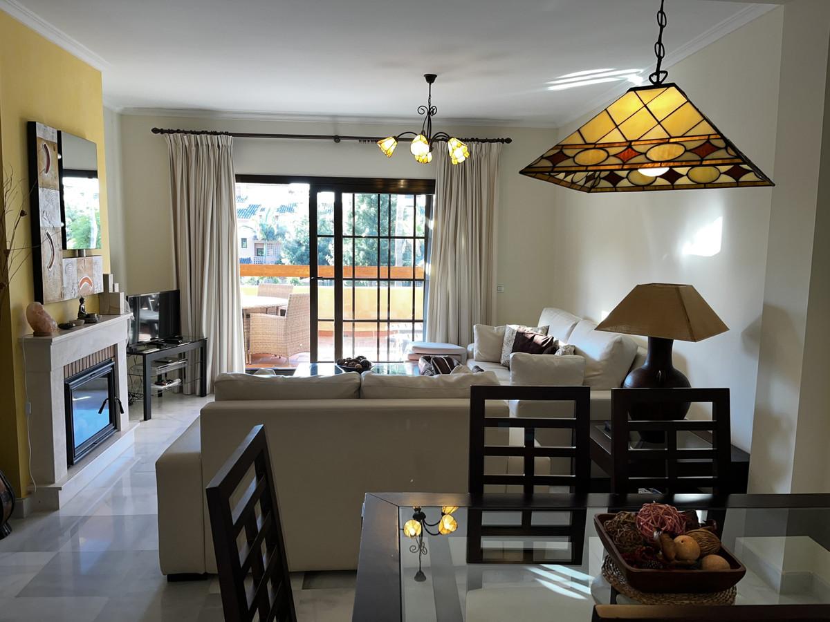 Apartment  Middle Floor for sale   in Hacienda del Sol
