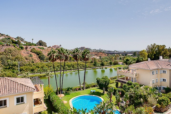 Ref:R3304753 Apartment - Middle Floor For Sale in La Quinta