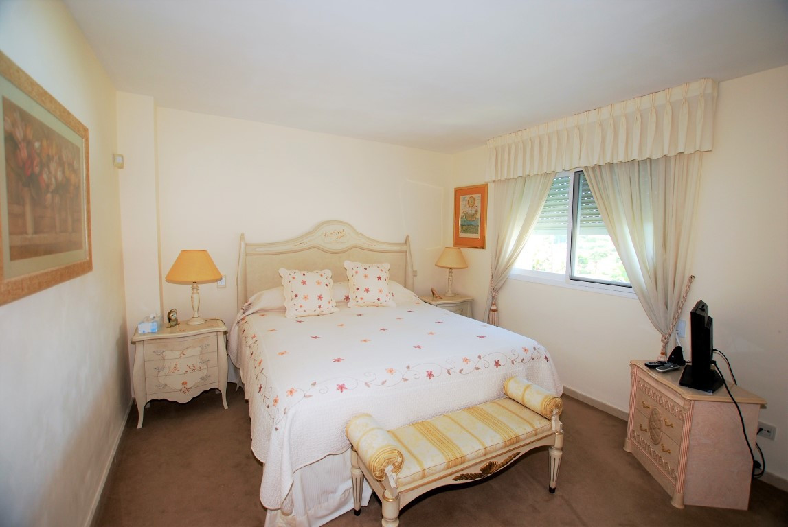 R2962289: Apartment - Penthouse for sale in New Golden Mile
