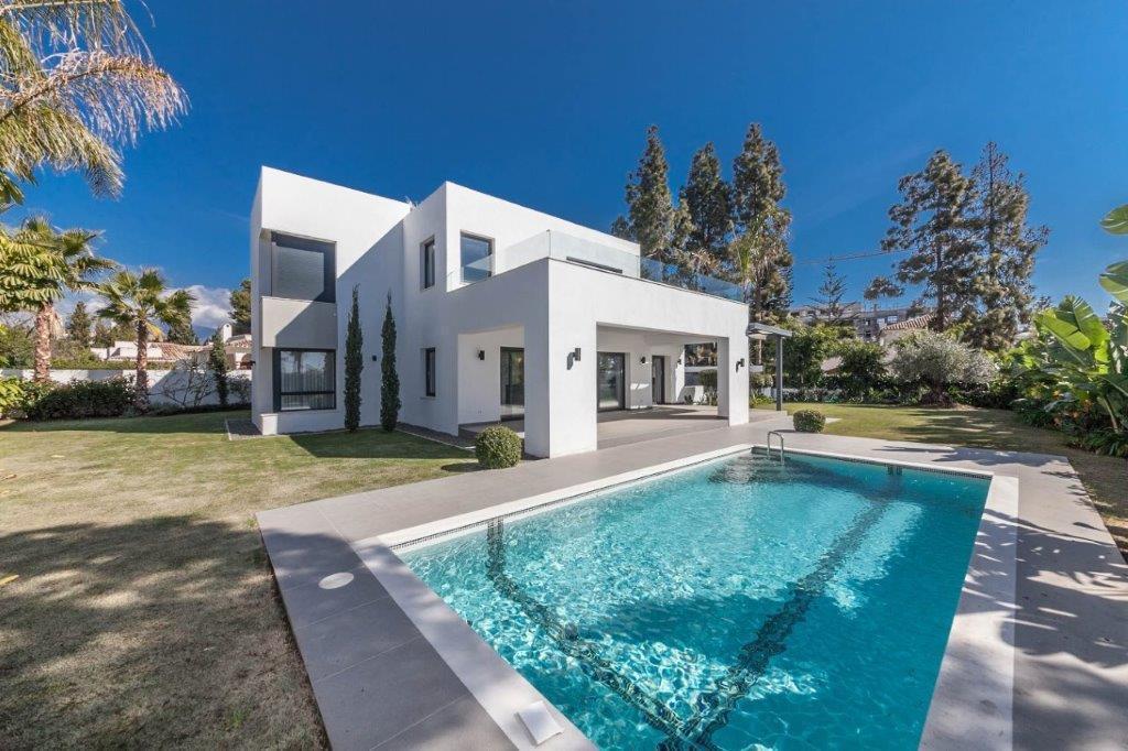 Ref:R3002546 Villa - Detached For Sale in Benamara