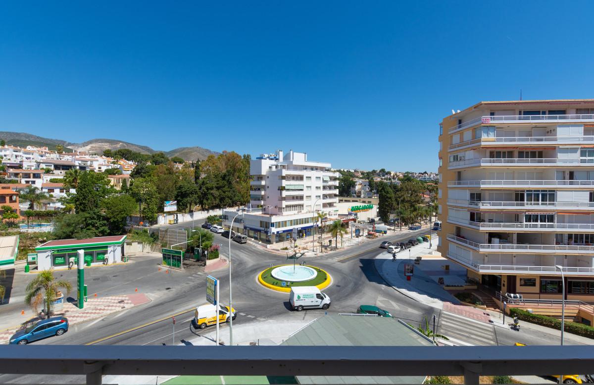 2 Bedroom Apartment For Sale, La Carihuela