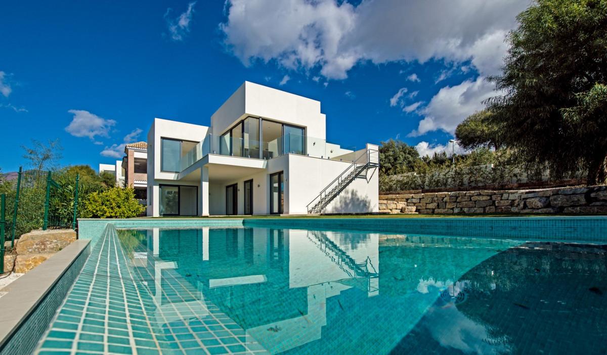 R3260338: Villa in Benahavís