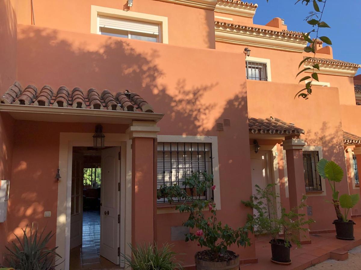 Townhouse  Terraced for sale   in Nagüeles