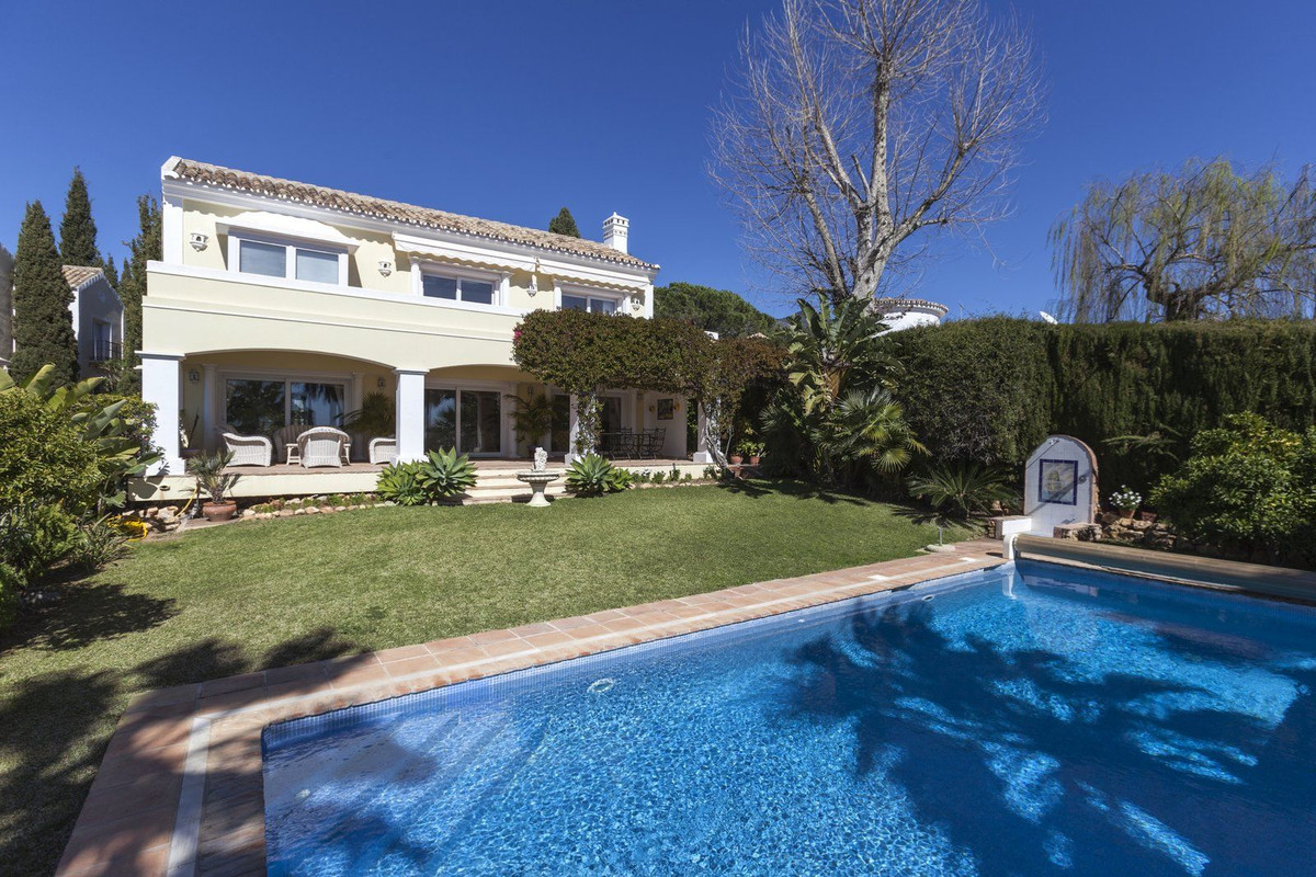 4 bedroom villa for sale the golden mile