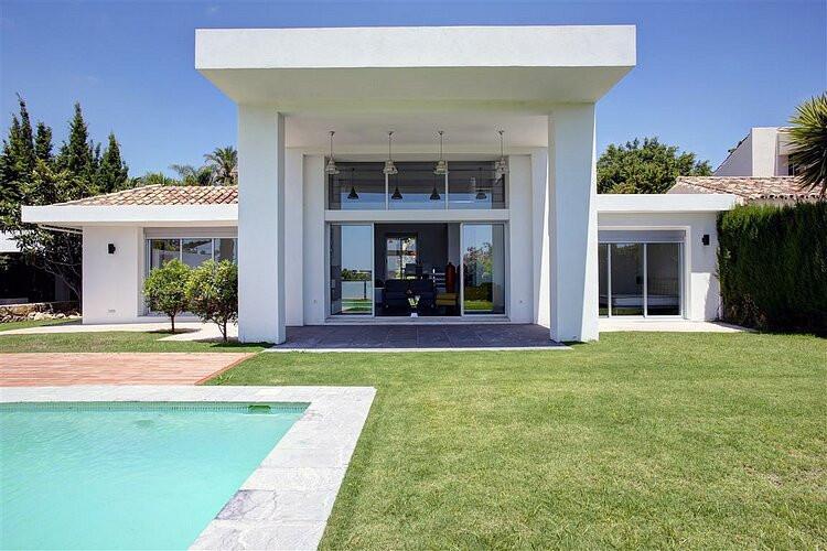 Villa · Detached