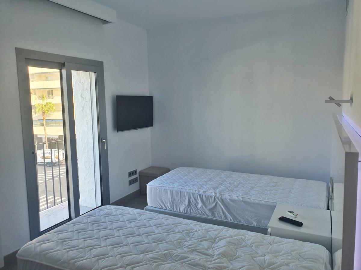 Apartamento con 2 Dormitorios en Venta Puerto Banús