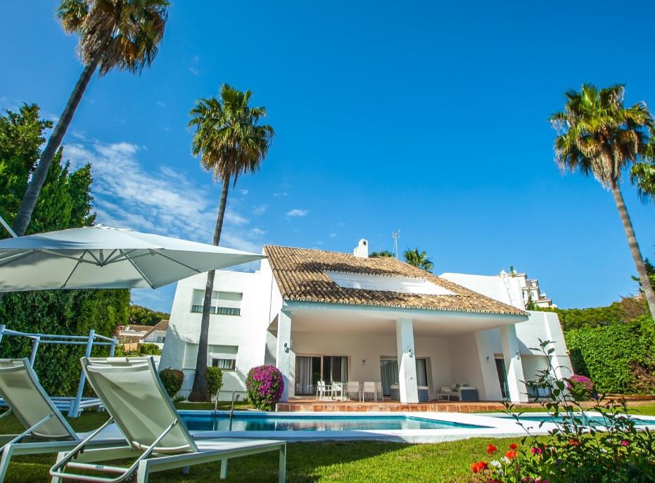 Villa  Individuelle en location  à Puerto Banús