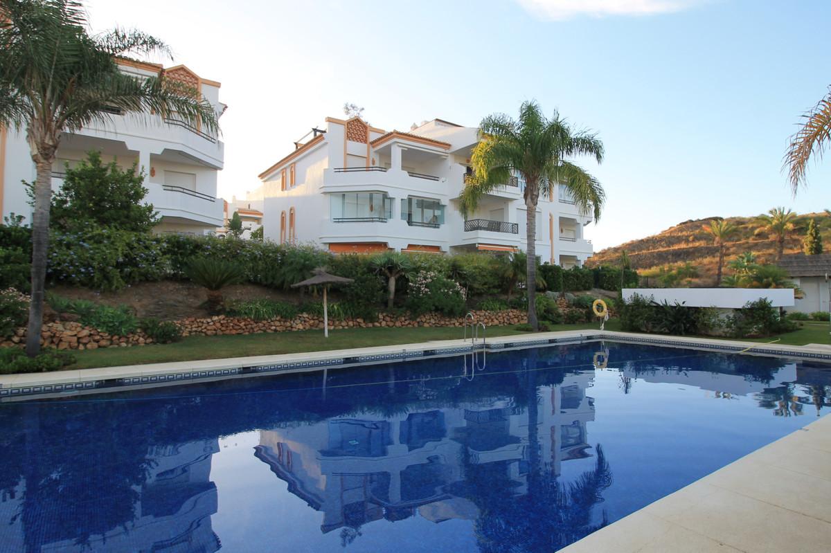 Penthouse, Cerros del Aguila, Costa del Sol. 3 Bedrooms, 2 Bathrooms, Built 104 m², Terrace 60 m².  ,Spain