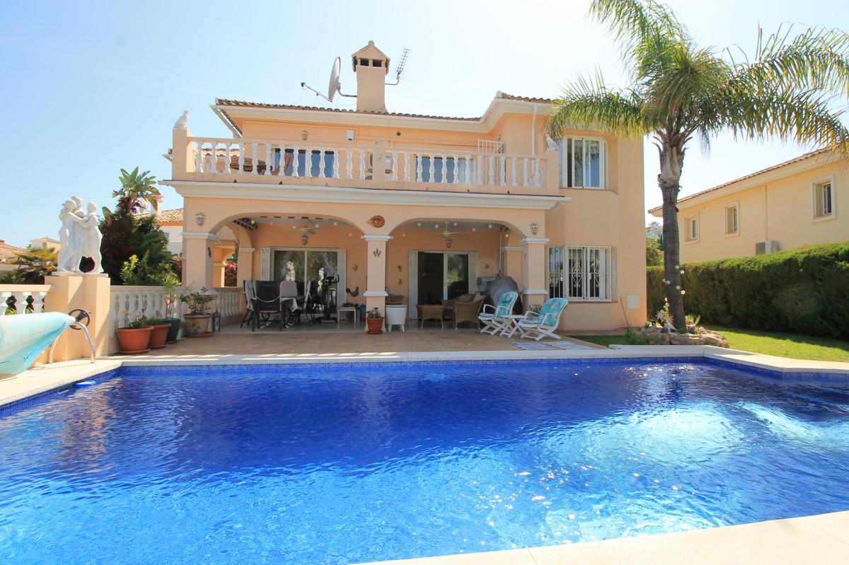 4 bedrooms Villa in Torrenueva