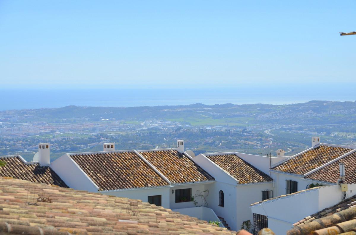 Top Floor Apartment, Mijas, Costa del Sol. 2 Bedrooms, 1 Bathroom, Built 72 m², Terrace 5 m².  Setti,Spain