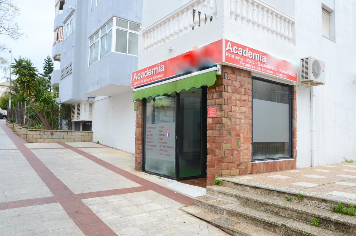 Comercial Tienda 0 Dormitorio(s) en Venta Arroyo de la Miel