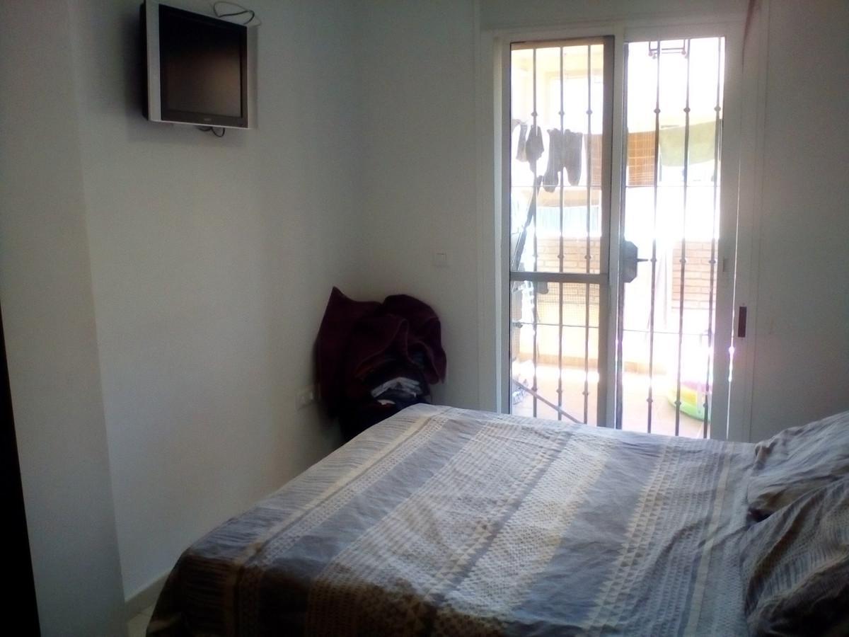 Apartamento con 2 Dormitorios en Venta Coín