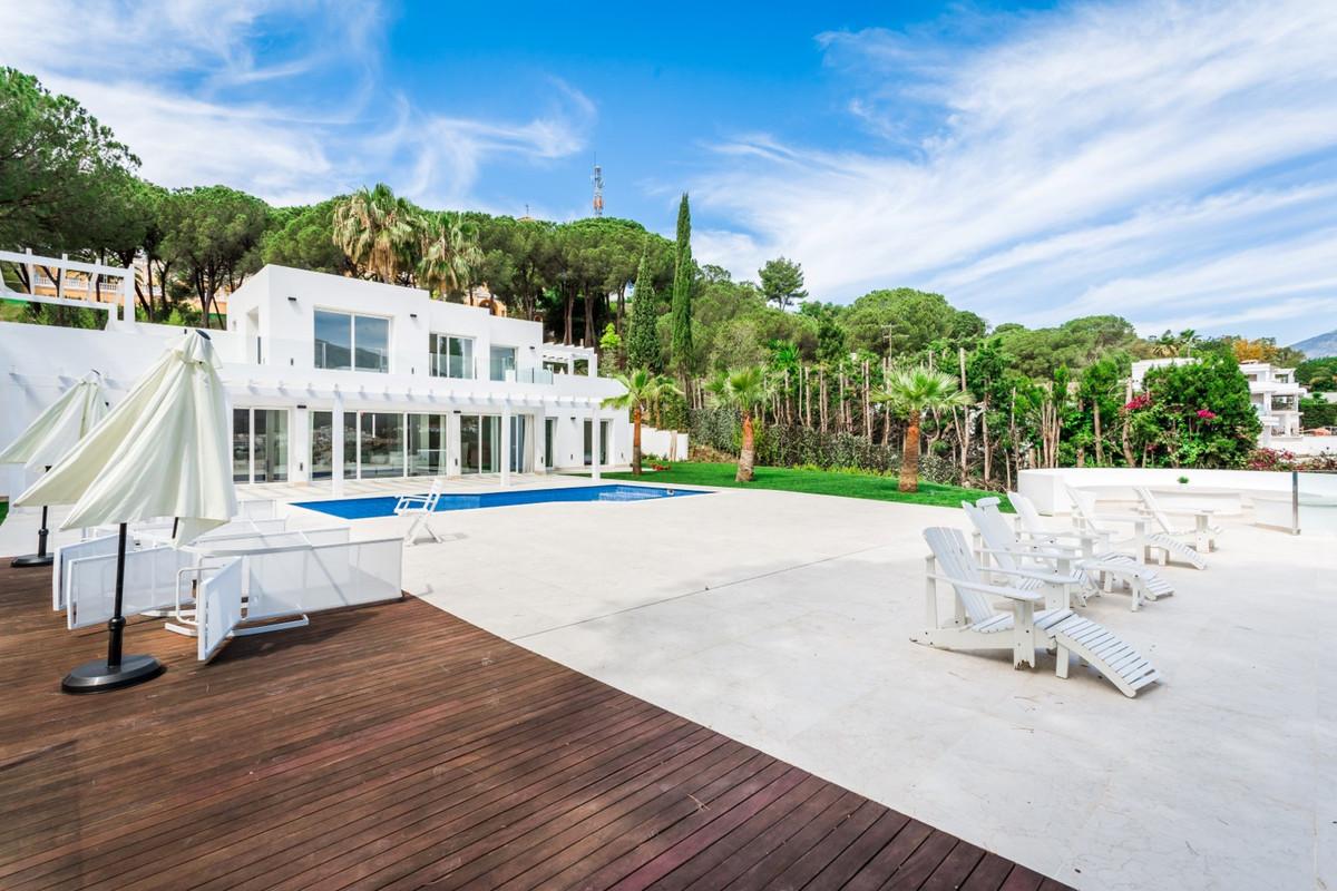 Detached Villa · Las Brisas