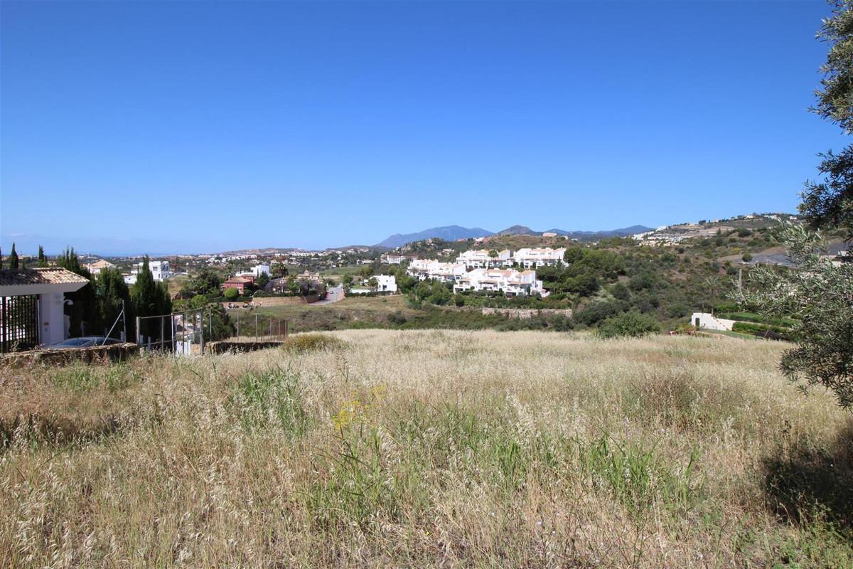 Plot - Nueva Andalucía