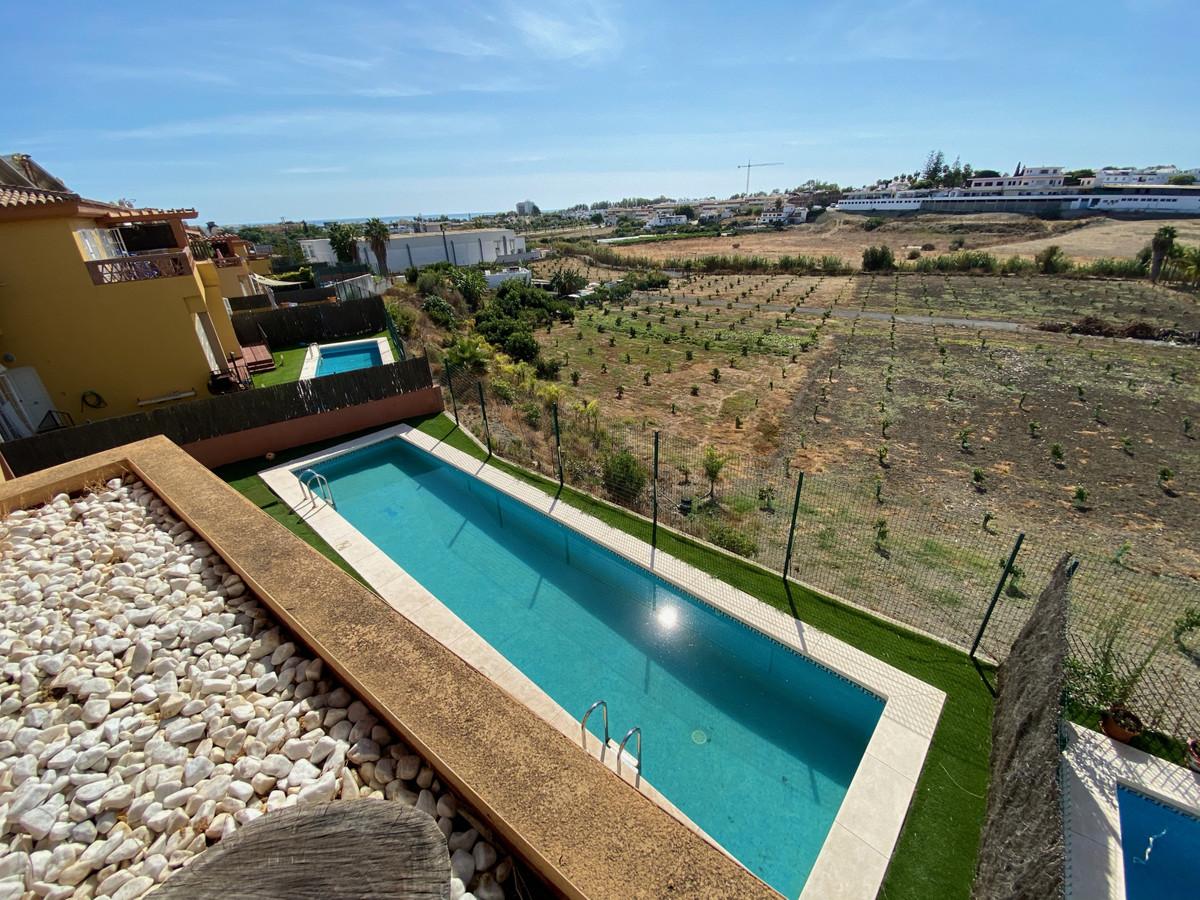 Villa  Pareada en alquiler  en New Golden Mile